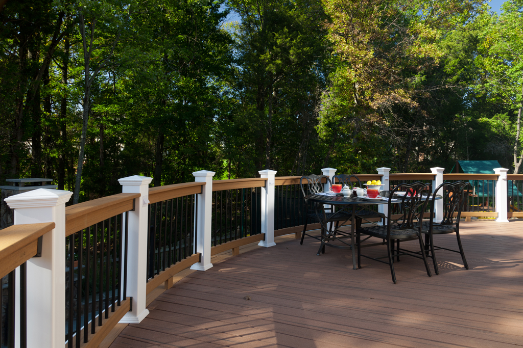 gorman_curve_deck_patio_underdeck_full_package-(2)-compressor