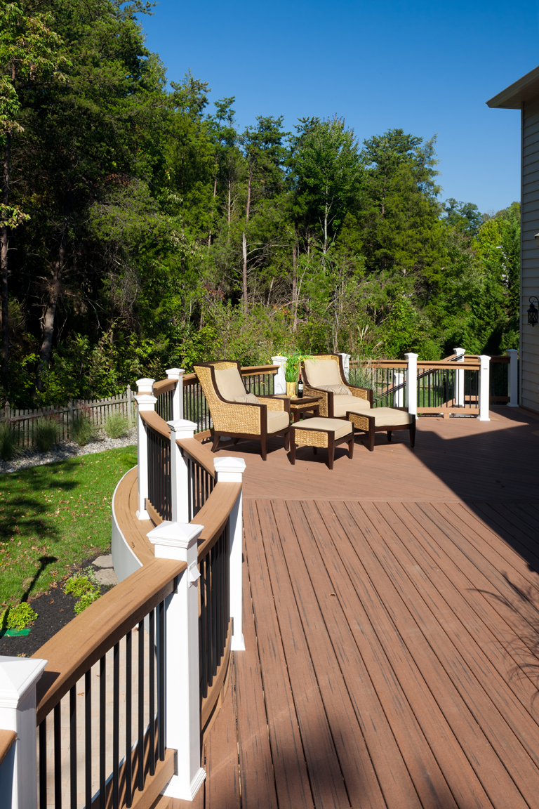 gorman_curve_deck_patio_underdeck_full_package-(3)-compressor
