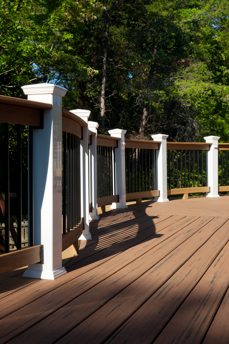 gorman_curve_deck_patio_underdeck_full_package-(4)-compressor