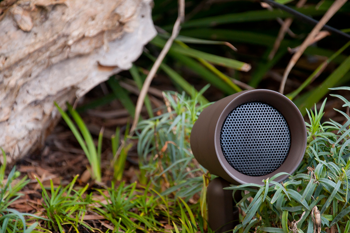 Holloway pany Sonance Outdoor Speakers